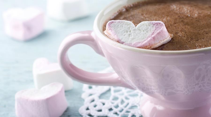1-8.-Cioccodelizia-in-tazza-con-cuori-di-Marshmallow